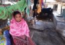 ঘরের অভাবে ১১ বছর ধরে গোয়াল ঘরে তালার বিধবা পারভিনা